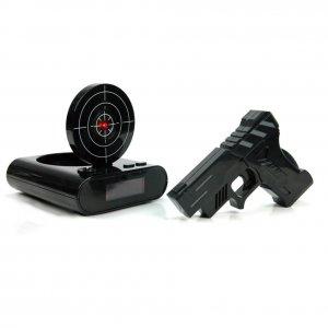 Будильник с мишенью и лазерным пистолетом «Меткий стрелок»
