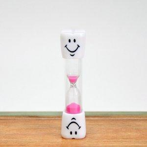 Детские песочные часы розовые 5 минут
