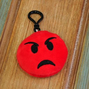 "Брелок-смайлик Emoji ""Pouting Face Emoji"""