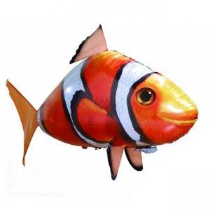 Летающая рыба Clownfish на радиоуправлении с разноцветным пультом