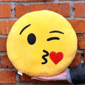 """Подушка Emoji """" Kissing Emoji"""" 27 см ярко-желтая"""