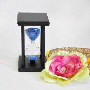 Песочные часы на подставке 14,5 см 20 минут