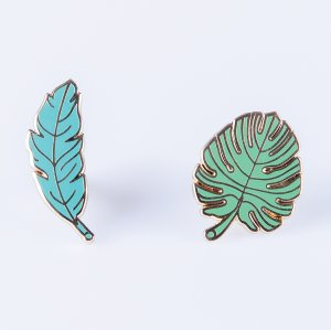 Набор из 2-х металлических булавок Pinaholic Leaves