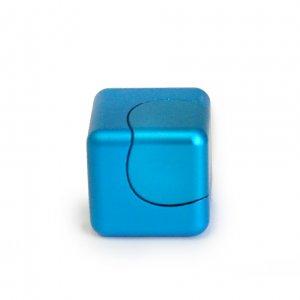 Вращающийся куб
