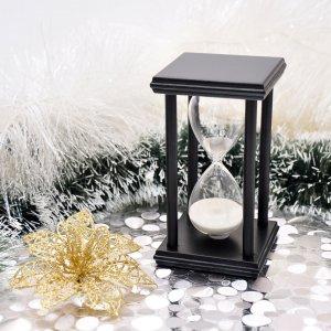 Песочные часы на подставке 14 см 20 минут