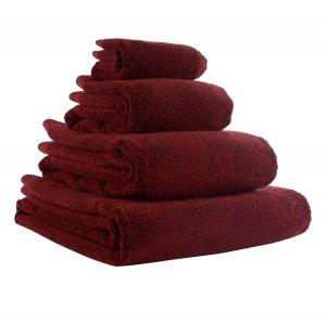 Полотенце для рук бордового цвета