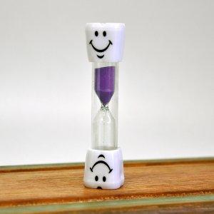 Детские песочные часы фиолетовые 3 минуты