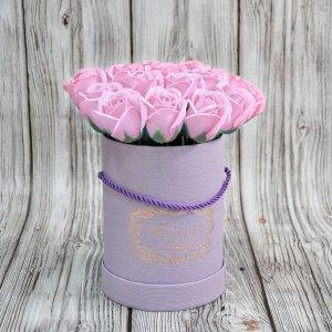 Композиция из мыльных роз нежно-розовая