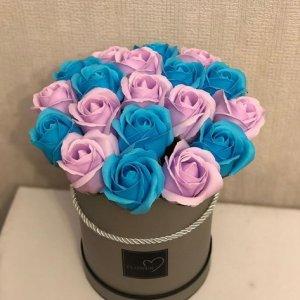 Композиция из мыльных роз (сине-сиреневая)
